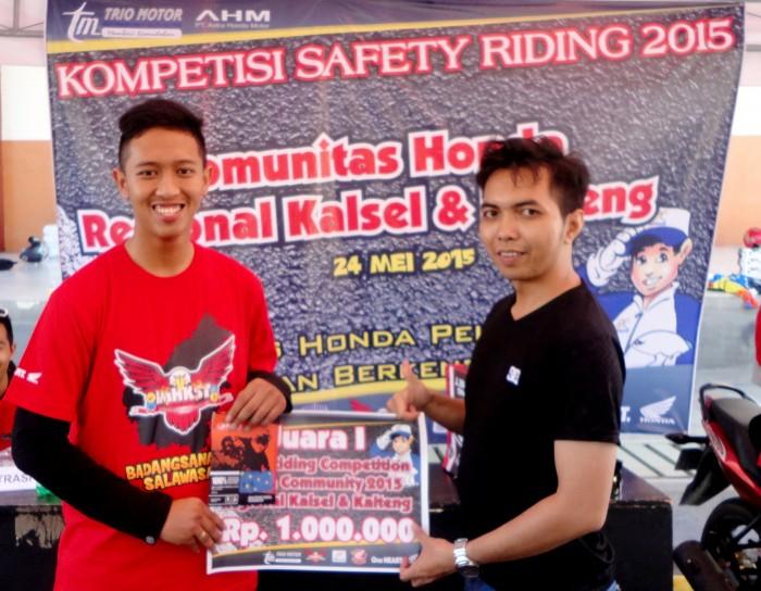 Juara 1 Kompetisi Safety Riding for Community