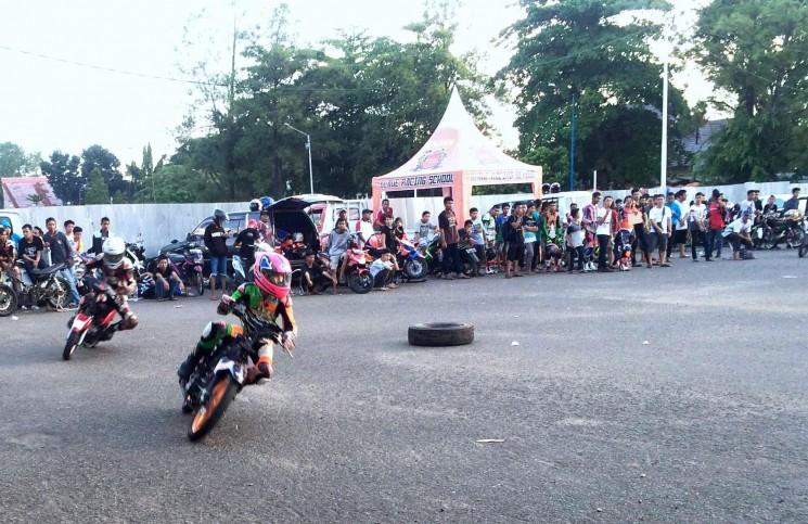 Blade Racing School