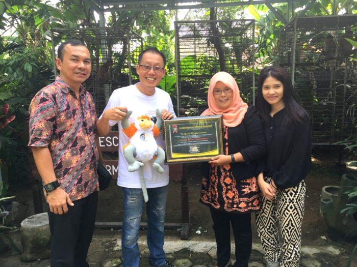 Trio Motor Berikan Donasi untuk Sahabat Bekantan Indonesia