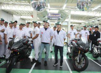 Marc Marquez dan Dani Pedrosa Kunjungi Pabrik AHM