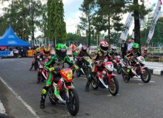 HDC Panaskan Aspal Banjarbaru