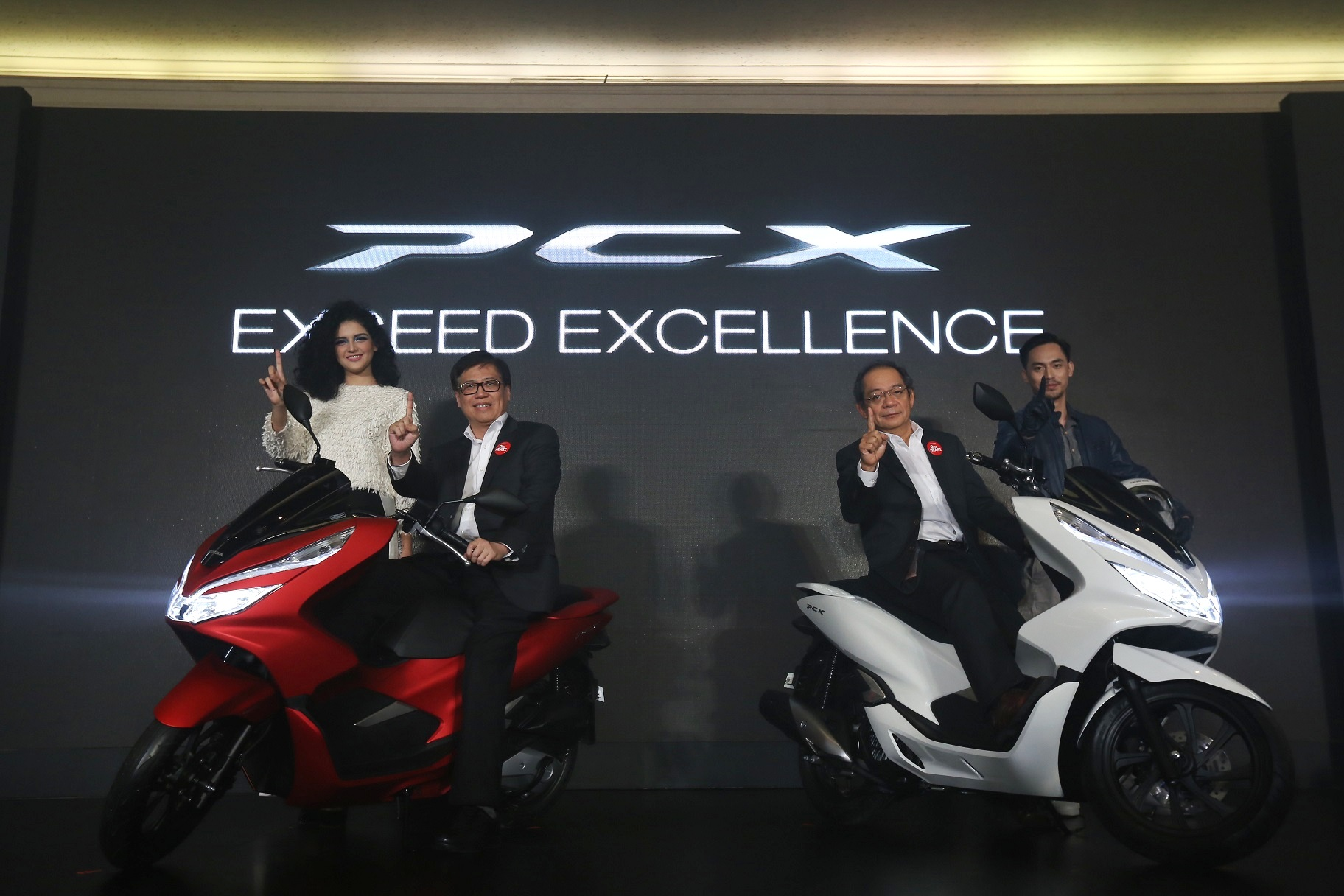 Harga Sepeda Motor Hondatrio Trio New Vario 110 Esp Cbs Glam Red Salatiga Ahm Luncurkan All Honda Pcx 150