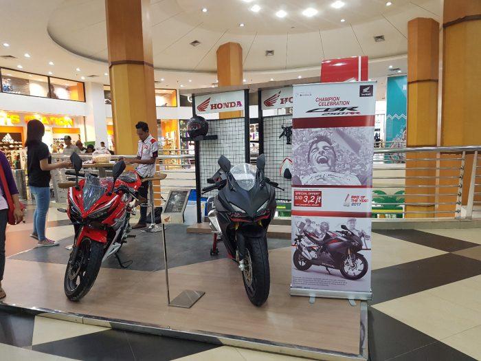 CBR 250RR Exhibition, Gencar Promosi Kepada Pengunjung Mall