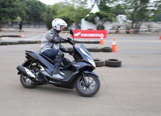 AHM Resmi Pasarkan All New Honda PCX Hybrid