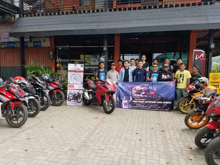 Komunitas CBR Banjarbaru – Martapura Silaturahmi Sambil Nonbar GP Valencia