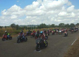 """Honda CBR Track Day, Ajak Konsumen dan Komunitas """"Libas"""" Sirkuit Balipat"""