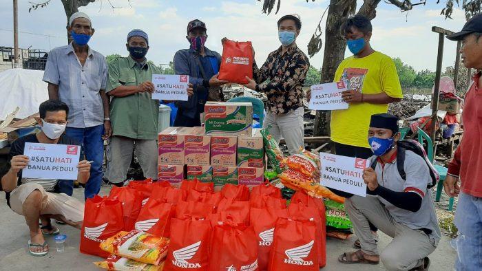 Honda Salurkan Langsung Bantuan Untuk Korban Kebakaran di Pulau Bromo Mantuil