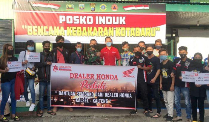 Bergerak Cepat, Dealer Honda Kalsel-Kalteng Salurkan Donasi untuk Korban Kebakaran Kotabaru