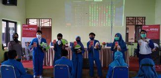 Trio Motor Sosialisasi Safety Riding #Cari_Aman di SMP Palangkaraya